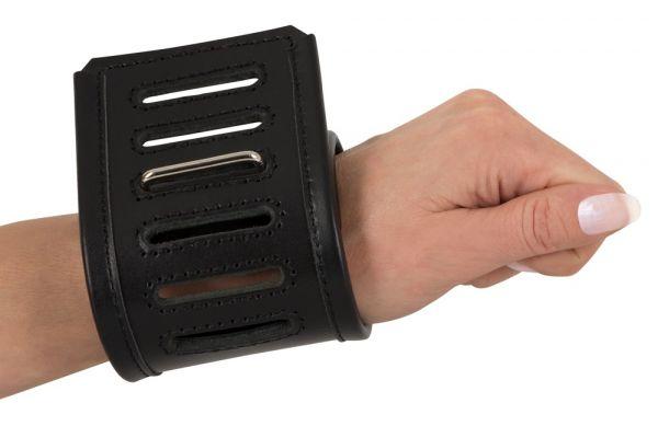 Handgelenkfesseln aus Leder (geschlossen)